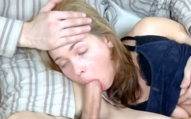 что ничем секс в жопу втроем со зрелыми блондинками они слишком