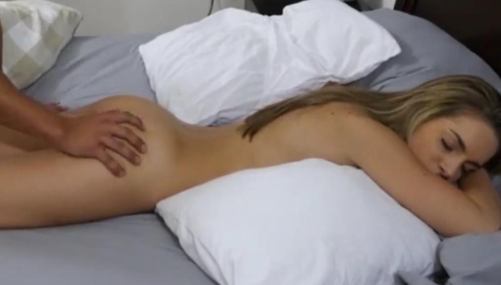 Видео секс со спящим парнем, самые большие члены фото в стоячем виде